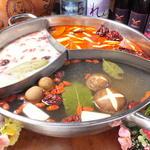 シャングリラ - 料理写真:三味薬膳スープ(1980円)