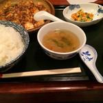 28737406 - マーボー豆腐セット@1,000円 ☆他に、杏仁豆腐が付きます!