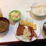 らいらい食堂 - 定食