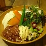 28738449 - ベジオペライス!鶏肉と生姜のカレー。タイカレーの味がする~(´∇`)