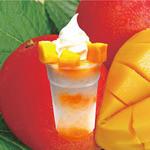マキバ - 自家製マンゴーピュレのシロップにマンゴーをトッピング!!!「ゴロゴロマンゴーけずり」鉄板!マンゴーは人気があります! 果実感を残した自家製のピュレをかけたかき氷! ダイス状にカットしたマンゴーをゴロゴロのせて、ソフトクリームをトッピング!! 昨年は、かき氷の人気No,2でした。