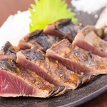 WARAIYA - 料理写真:名物!鰹の藁焼き塩たたき