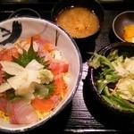 28740330 - 海鮮丼