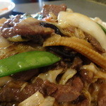 蓬莱・HOURAI - 牛肉と烏賊の野菜炒めアップ