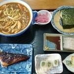 西沢渓谷蒟蒻館 - カレーうどん定食