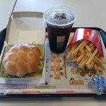 マクドナルド - 料理写真:ブラジルバーガーセット(税込み699円)