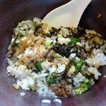 大島 - 「おかかわさび飯」ダシ醤油をかけて混ぜ混ぜ