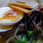 大島 - 「いりこラーメン」味玉・キクラゲ・メンマ
