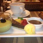 オーベルジュ - チョコタルト、ブリュレ、抹茶ムース、焼き菓子、シャーベット
