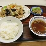 ろざん - 肉野菜炒め定食(750円)