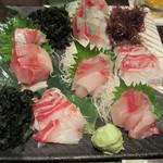 三浦鮮魚直売所 - 三浦地魚刺身大皿四点盛り