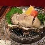 28758224 - 徳島産天然岩牡蠣
