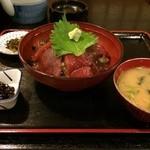 さかな料理 たから - マグロ丼定食750円