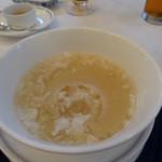 春蘭門 - フカひれスープ