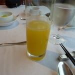 箱根ハイランドホテル ラ・フォーレ - 朝食のパイナップルのジュール