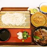 鸛の巣 - 料理写真:米粉めん(650円)と元気丼(400円)セットで1,050円