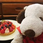 キース・マンハッタン - お誕生日と言えばケーキだよね