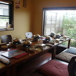 旬彩料理 おとと - 奥の坪庭の見える個室
