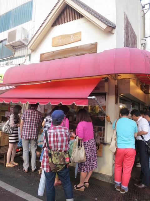 鳥勇 武蔵小山駅前店 - 凄い人だかり!