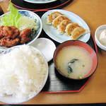 母里屋 - よくばり定食(14.07.03)