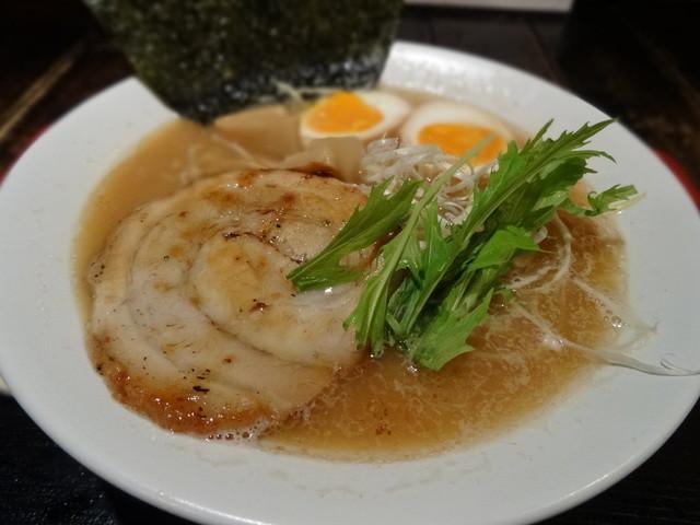 ラーメン いつわ - Wスープ(並)880円