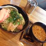 神王 - つけ麺 大 750円