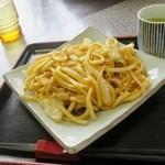 勝央サービスエリア(下り線)レストラン - ホルモンうどん単品(910円)