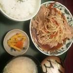 鮨と麺 うまい門 - 日替わり定食(生姜焼き) 700円