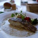 レストラン アレイ - 本日の魚料理(真鯛)