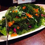 空 - 海ぶどうのサラダ