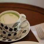 サノワ サロンドテ - ドリンク写真:大人の抹茶ラテ