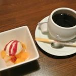 酒恵浪漫亭凡 - 酒恵浪漫亭凡・ランチのデザートとコーヒー(2014.03)