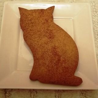 菓子工房ルスルス - 料理写真:これは巨大ネコクッキー。 ちょっとショウガの味がしました。