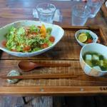 鐵屋+cafe - ごはんものランチ(タコライス)