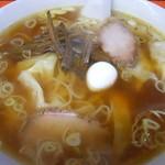 百番 - ワンタン麺