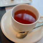 フリジェリオ - 北欧の紅茶 すっきりしたふくらみのある味覚でなかなか美味。薔薇のジャムを入れるとより気品のある貴婦人のような味わいとなる。