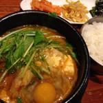 韓喰 - 肉純豆腐チゲ定食850円