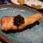 28808958 - 海ますの天ぷら 行者にんにく醤油漬けのせ