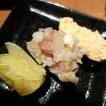 極上炭火海鮮 魚銭 - 寿司も何種類かあります、寿司は案外美味い。