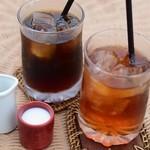 摩波楽茶屋 - アイスコーヒーとジャワティ