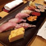 Tsukijikagurazushi - おきまりの神楽