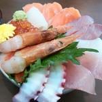 おいちゃん - 贅沢海鮮丼(1,300円)