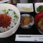 葉山港湾食堂 - 日の丸丼