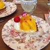 ローズマリー・ラブ・ヴァネッサ - 料理写真:マンゴータルト 450円