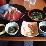 星の宮カントリー倶楽部レストラン - 料理写真:7/8マグロ丼&茶そば膳