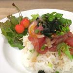 メイドインアイランド - ポキ丼(ランチ)