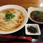 麺豪 のざき - 馬スジうどん950円。