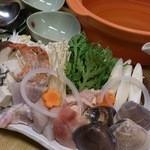 暫亭 いろり - お肌ぷるぷるシルク鍋☆