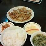 Fukuseirou - ホルモンと玉ねぎのピリ辛炒めランチ
