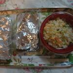 美中味 - 別途注文して、お持ち帰りした、レタス炒飯、スペアリブの甘辛炒め